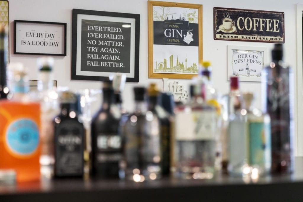 KESCH Gin Bar
